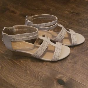 Size 7.5 Tan Wedge Sandals